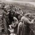 Alla fine del 1915, sul fronte occidentale non c'era stato nessun cambiamento, ma dal punto di vista umano, la guerra aveva mostrato la sua potenza distruttiva: Francia e Russia avevano […]